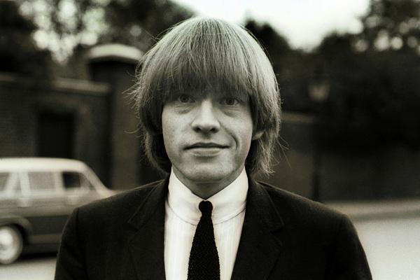 Rolling Stones-Mitglied <b>Brian Jones</b>; Rechte: IMAGO - stones_brian_jones_imago_sepp_spiegl_990x660_m