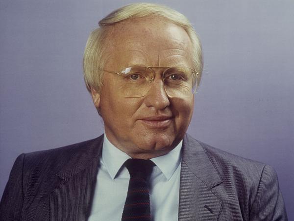 Werner Veigel net worth salary