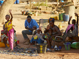 Familie in Mali; dpa / picture alliance