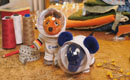 Elefant und Maus mit Raumanzügen (Bildrechte: WDR)